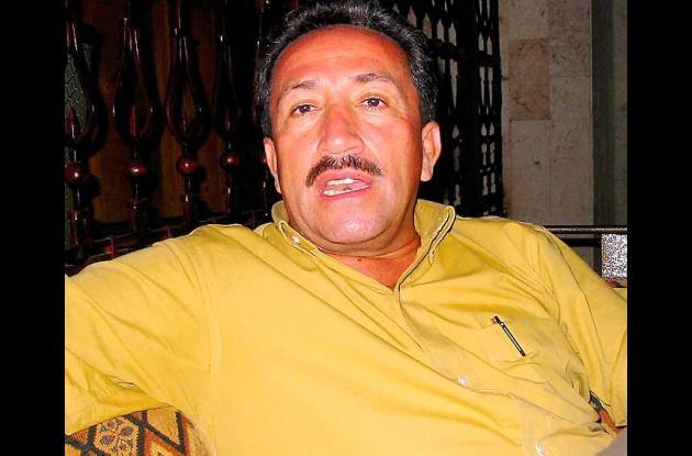 Coronel (r) Hugo Aguilar, padre del gobernador elector de Santander.