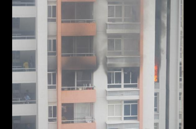 Incendio en torres de la Plazuela en Cartagena