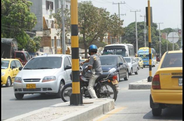Imprudencias de motociclistas en vías de Cartagena