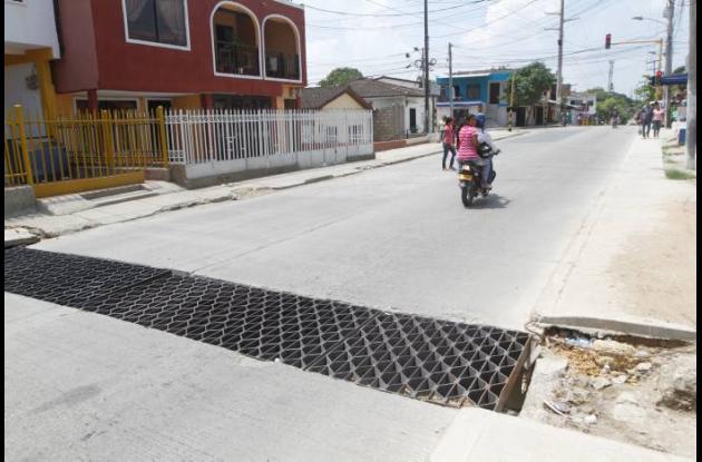 arreglo de inundaciones en avenida del consulado