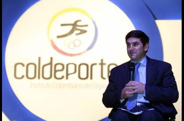 Jairo Clopatofsky, director de Coldeportes.