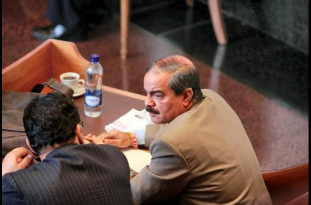 El senador Javier Cáceres Leal.