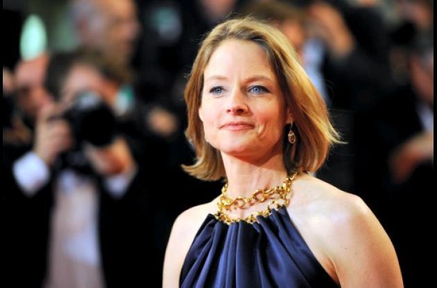 Jodie Foster dona dinero para buscar inteligencia extraterrestre.