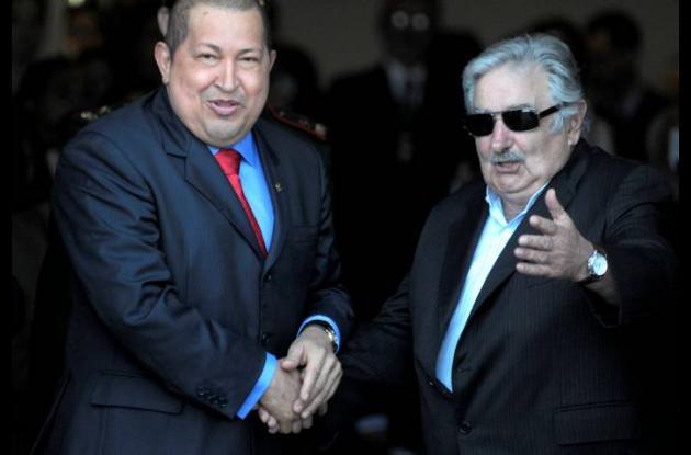 Hugo Chávez y José Mujica
