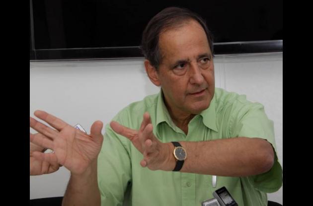 Ministro de de agricultura Juan Camilo Restrepo