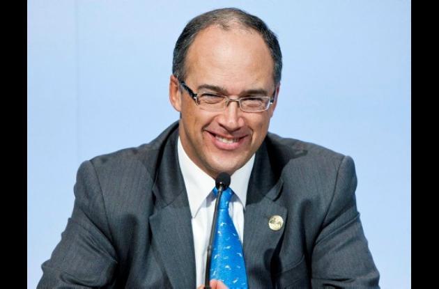 Juan Carlos Echeverry, ministro de Hacienda.