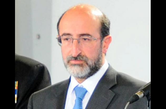 Juan Lozano, senador y presidente de la U.