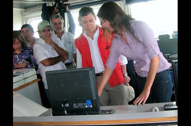Juan Manuel Santos (chaqueta roja) en Barranquilla.
