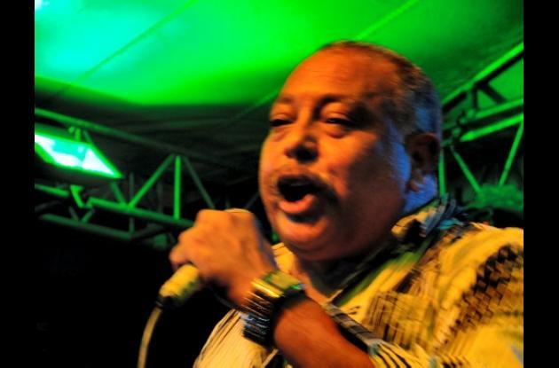 Juan Piña, cantante.