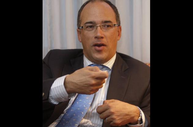 Juan Carlos Echeverry, Ministro de Hacienda