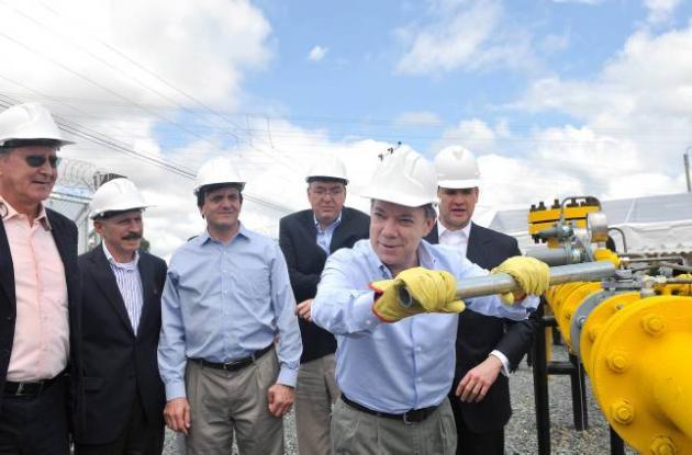 Presidente Juan Manuel Santos en nuevo gasoducto de Popayán