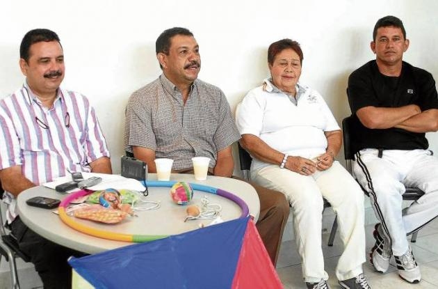 Marcos Gómez Ordosgoitia da detalles sobre los juegos autóctonos del Sena.