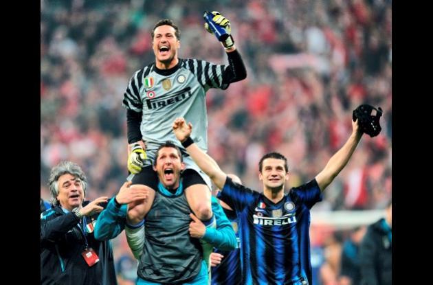Julio César, portero del Inter, se queda en ese club.