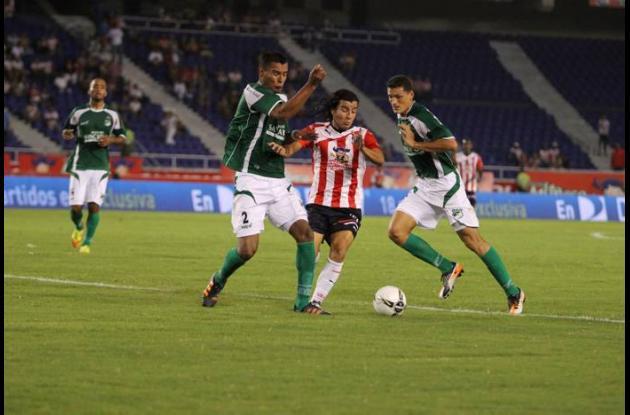 Junior derrotó 1-0 al Deportivo Cali en partido disputado este viernes en el est