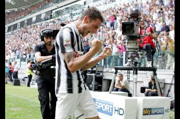 La Juventus le gana 4 a 1 al Parma y es cabeza de la A del fútbol italiano.