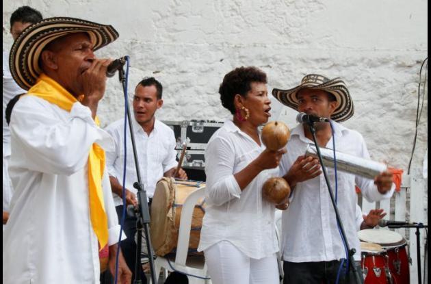 La paella más grande de Cartagena a favor de Fundevida, restaurante Sibaris