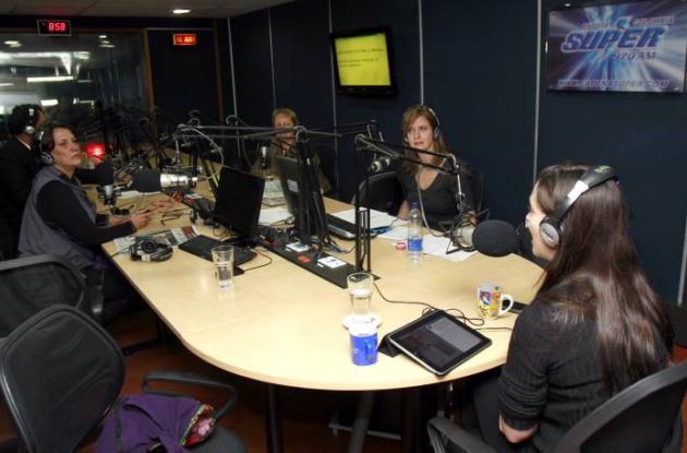 Este miércoles en el programa La hora de la verdad, de Radio Súper la hija estuv