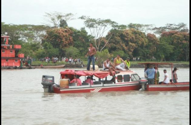 Sigue la búsqueda de los desaparecidos en el río Magdalena.