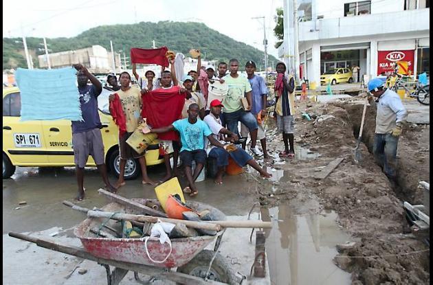 Protesta de lavadores de carros por obras de Transcaribe