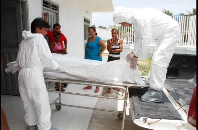 Funcionarios del CTI de la Fiscalía practicaron el levantamiento del cadáver en