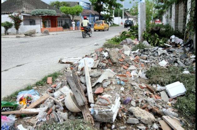 Cartagena necesita que se implemente la nueva ley de comparendo ambiental.