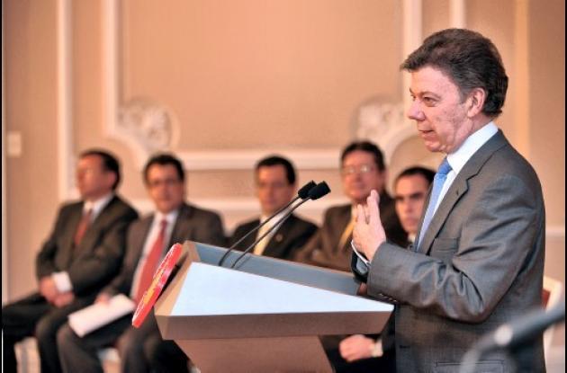 La Ley del primer empleo fue sancionada por el presidente Santos.