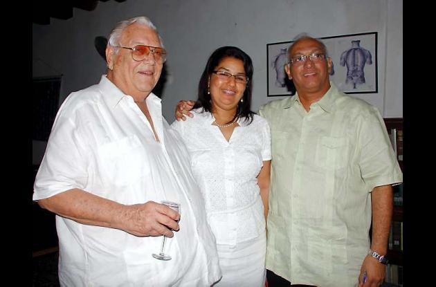 Guillermo Valencia, Carmen de Monterrosa y Alvaro Monterrosa