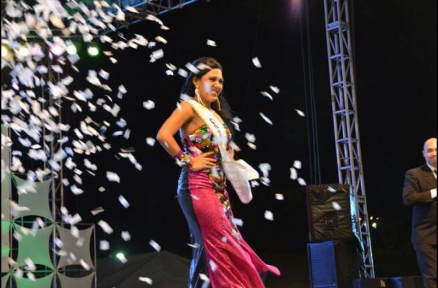 Lina Marcela Machado Lara es la nueva reina de reinas del Carnaval de Barranquil