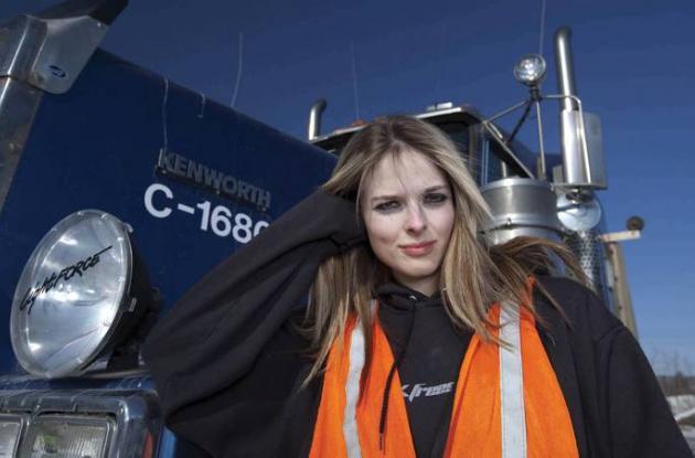 La sexy camionera Lisa Nelly