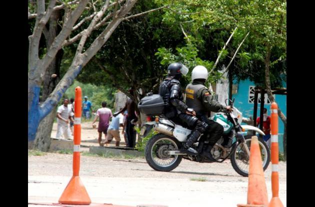 La Policía se enfrentó con la comunidad.