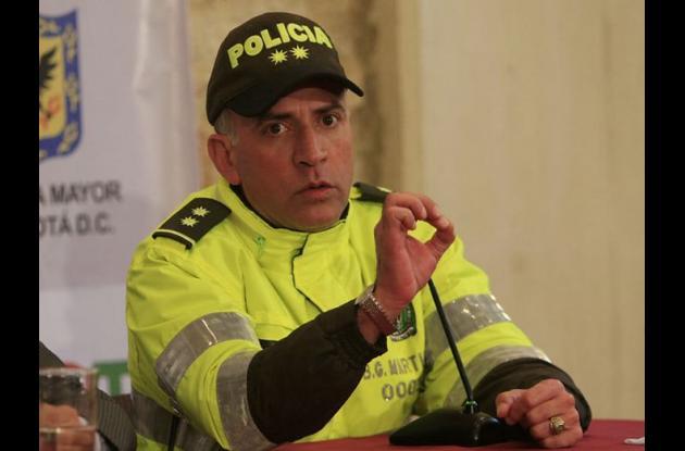 comandante de la Policía Metropolitana de Bogotá, general Luis Eduardo Martínez,