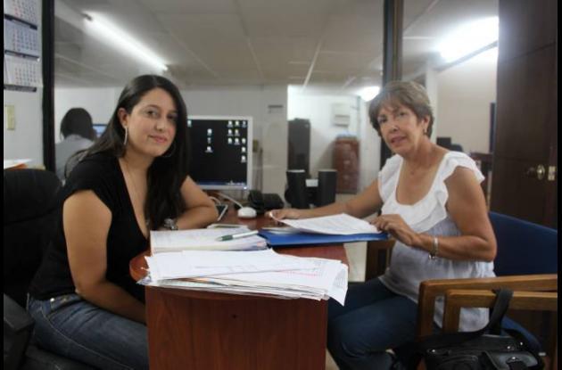 Lyda García y Martha Bonilla, miembros de la Fundación Ángeles con Patas.