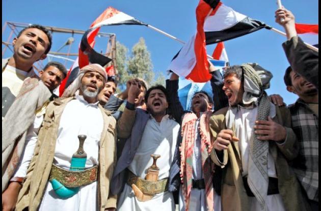 Manifestantes yemeníes.