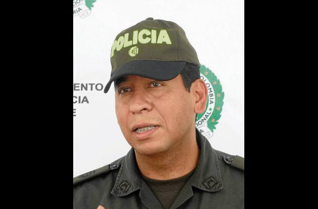 Comandante Policía Sucre, Coronel Salvador Gutiérrez Lombana.