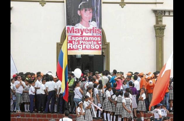 El pueblo de Ovejas se unió a la búsqueda de Mayerlis María Blanco Español