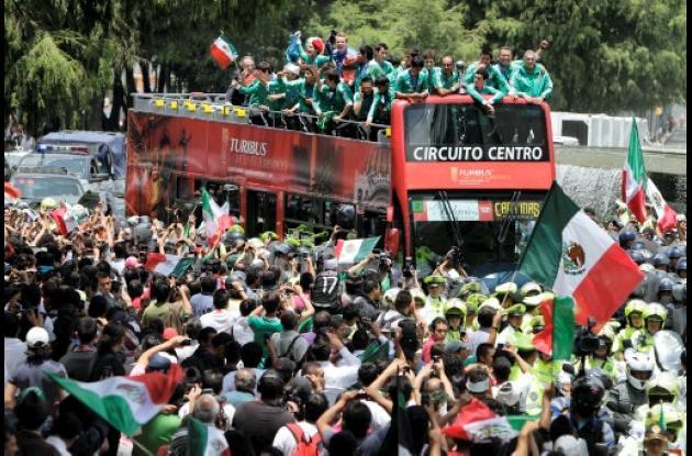 México se congratuló con el título de su selección Sub 17.
