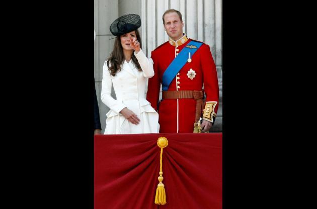 El príncipe Guillermo y su esposa Catalina en el aniversario oficial de la reina