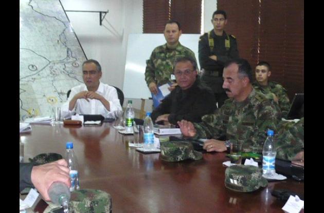 Mindefensa y Director de la Policía en Montería.