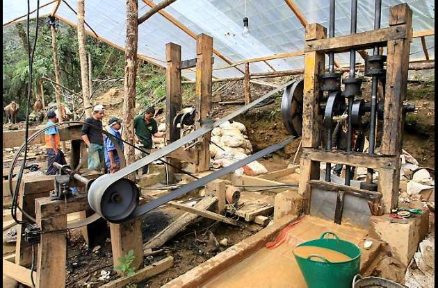 Advierten que la minería artesanal quedaría abolida para darle paso a las grande
