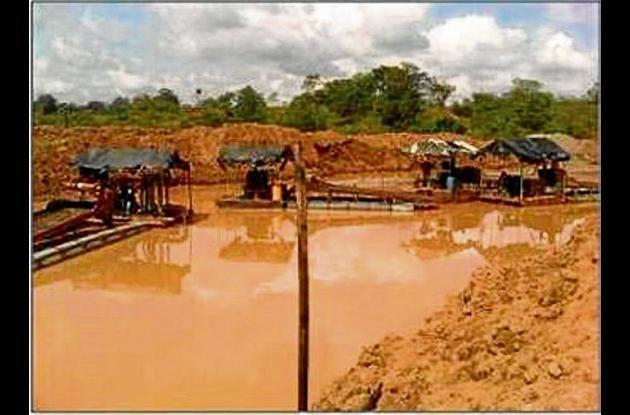 operativos contra la minería ilegal en el departamento de Córdoba.