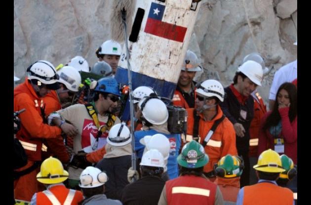 El 5 de agosto de 2010  fueron rescatados los 33 mineros que estaban atrapados a