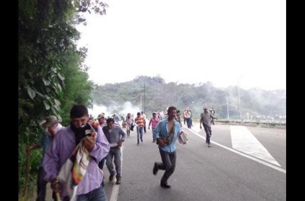 Mineros del sur de Bolívar habrían decidido bloquear la troncal de oriente por los desacuerdos que tienen con el gobierno.