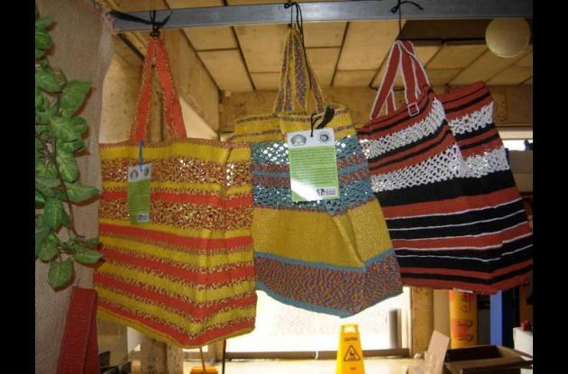 En Los Límites cambiaron el Tití por bolsas plásticas