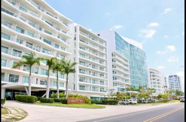 modernos condominios de hasta 1,4 millones de dólares en zonas de playa