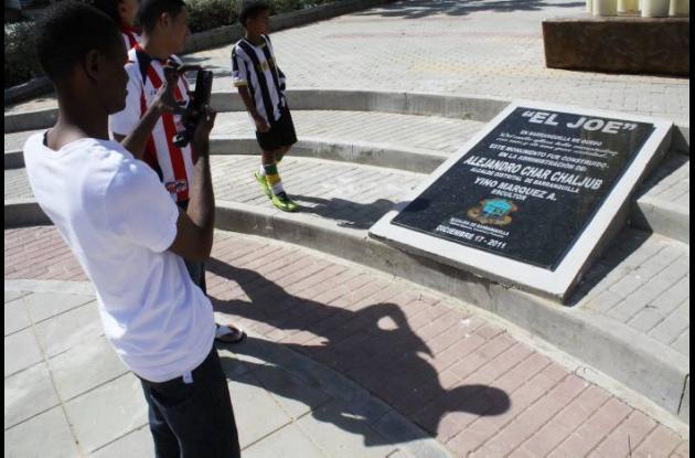 Monumento a Joe Arroyo