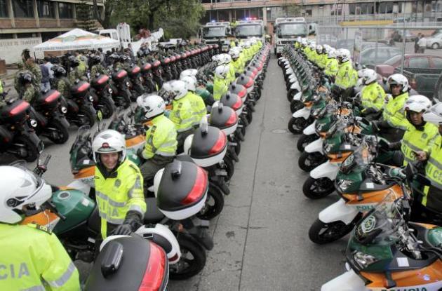 motos de la policia de transito seguridad vial