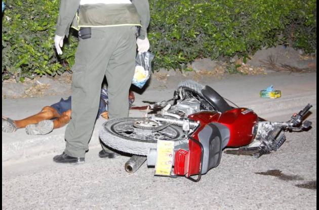 ACCIDENTE EN MOTO MUERTO