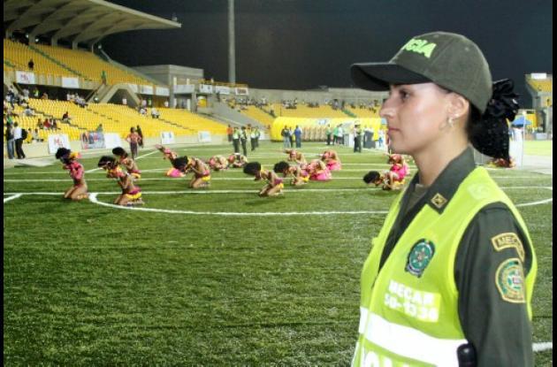 Mujeres de la Policía Metropolitana de Cartagena.