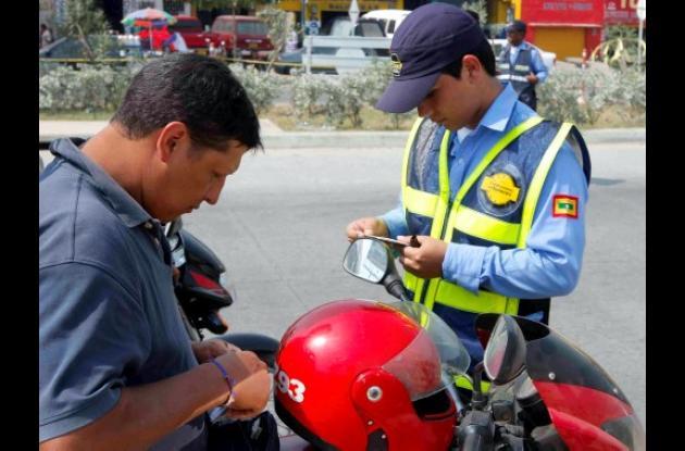Comparendos a conductores en Cartagena