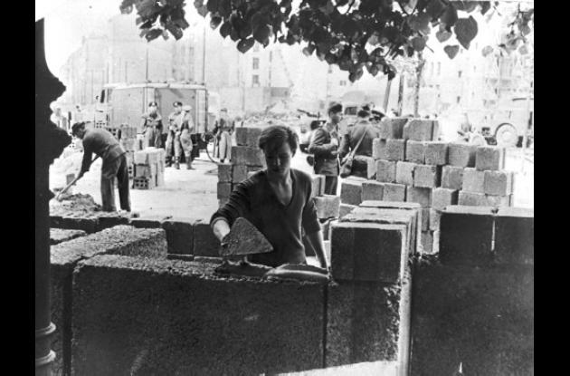 Peter Hillebrecht fue el primero en tomar las fotos del muro de Berlín.